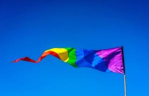 rainbow-flag-1614950-1279x830